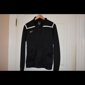 Nike Sweaters - Nike Dry Fit Sweater